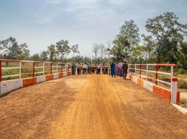 Inauguration du pont Sakabansi